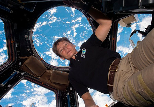Essa mulher de 57 anos estabeleceu um novo recorde americano de tempo passado no espaço