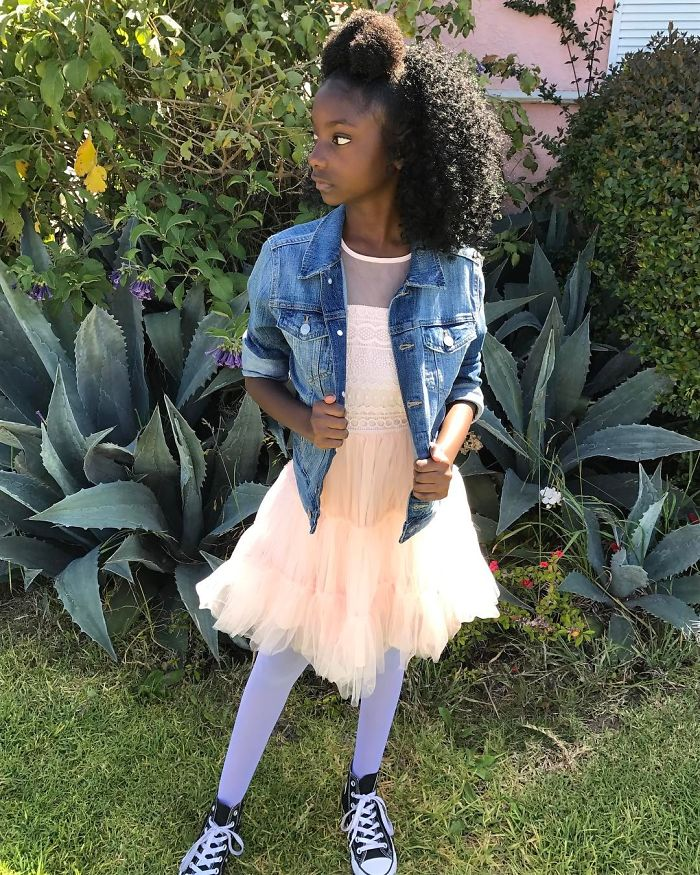 10-year-old-bullied-dark-skin-becomes-t-shirt-model-19-59267edb3aef3__700