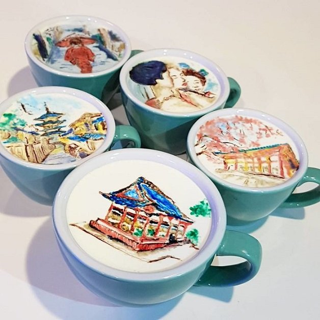 Artistic-barista-from-korea-who-draws-art-on-coffee-5912bedeae9ae__700