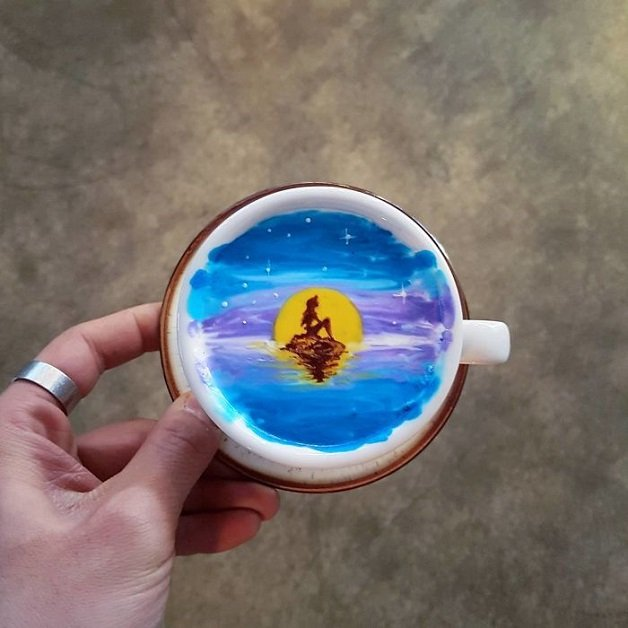 Artistic-barista-from-korea-who-draws-art-on-coffee-5912bf44d2ebb__700
