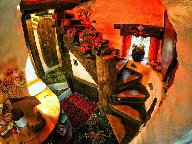 HobbitHouse13