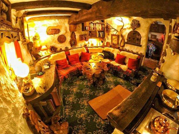 HobbitHouse16