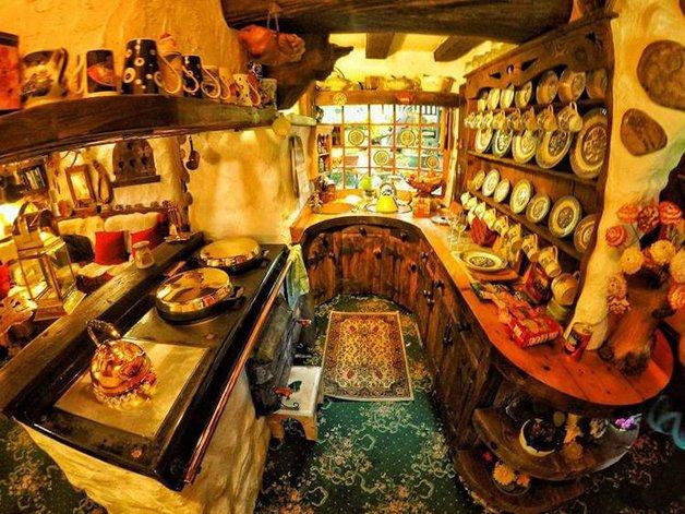 HobbitHouse18