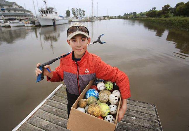 Garoto de 12 anos se joga numa odisseia sustentável e retira mais de mil (!) quilos de lixo do rio da sua cidade
