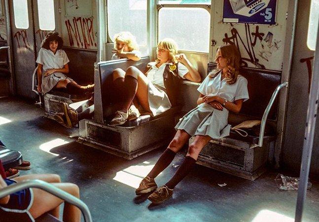 Fotos do metrô de Nova Iorque há 40 anos revelam a cidade perigosa e sombria que ela um dia foi