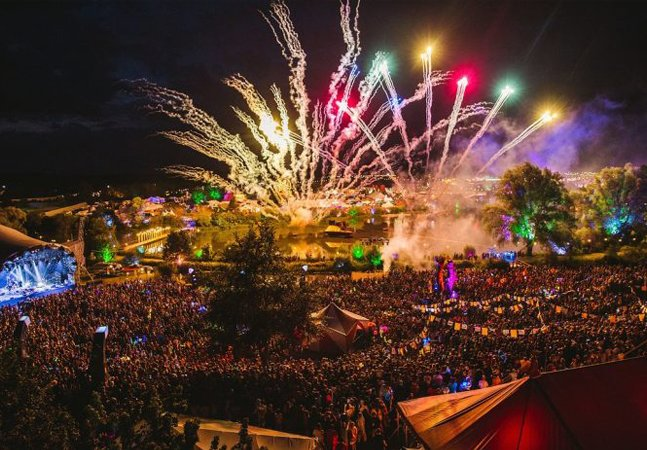Festival britânico oferece controverso serviço de 'teste de drogas'