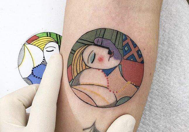 Tente não se apaixonar por essas tatuagens criativas inspiradas em grandes obras de arte