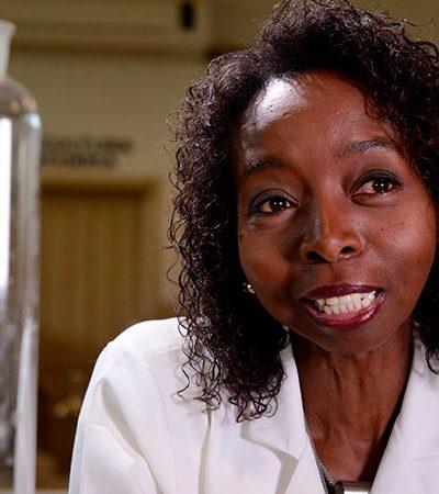 Cientista PhD em Harvard supera pobreza, preconceito e acumula prêmios na carreira