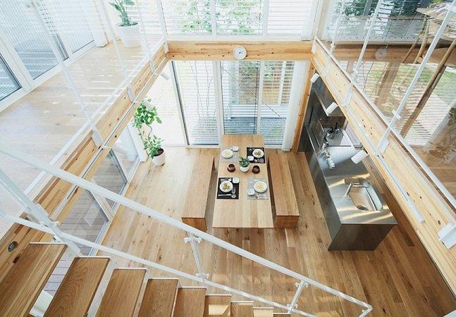 Essa casa de arquitetura japonesa feita de madeira mostra como criatividade é tudo