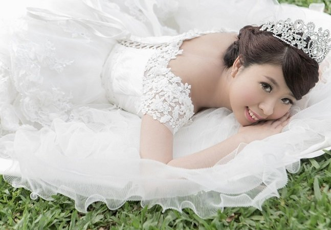 O câncer terminal não impediuque ela fizesse um ensaio fotográfico emocionante vestida de noiva