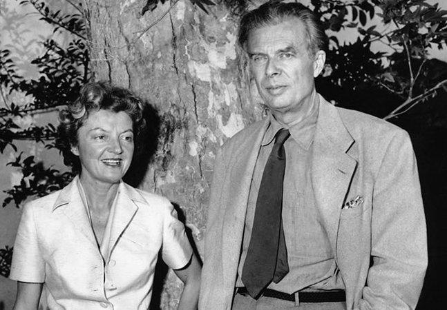 A carta da esposa de Aldous Huxley após injetar LSD no marido em seu leito de morte