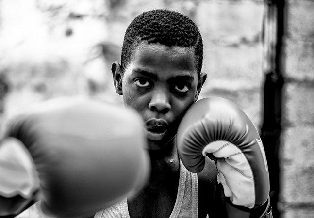Fotógrafo paranaense ganha prêmio ao documentar a rotina de treino dos meninos boxeadores de Havana