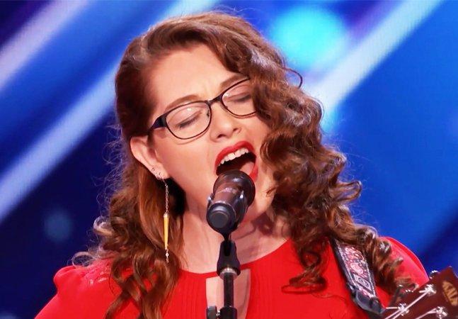 Esta cantora surda é a prova de que você nunca deve desistir dos seus sonhos