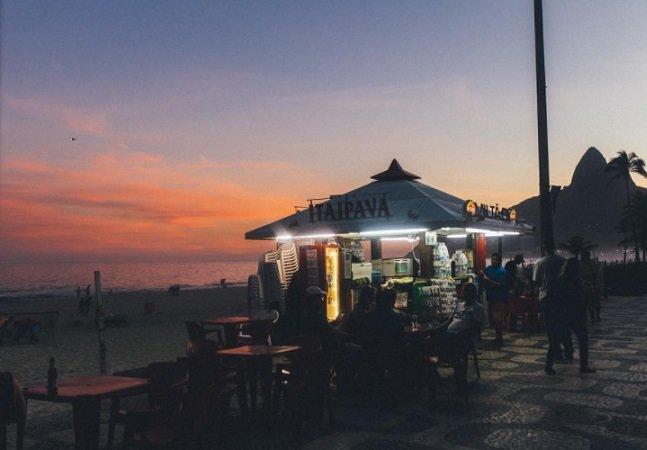 Fotógrafo francês retrata o cenário urbano brasileiro de forma intensa e hipnotizante