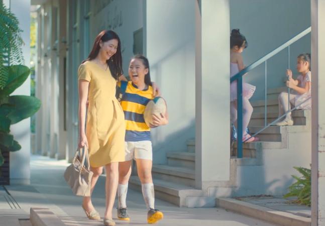 Campanha inspiradora mostra que o empoderamento pode (e deve) ser passado de mãe pra filha