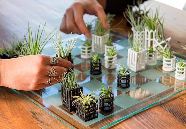 Você vai se apaixonar por esse xadrez de mini plantas feito com impressora 3D
