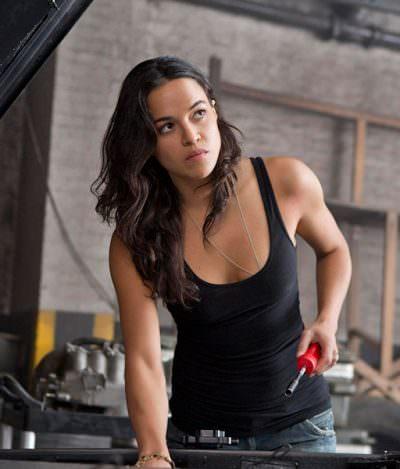 Michelle Rodriguez ameaça deixar 'Velozes e Furiosos' se os filmes continuarem sendo machistas