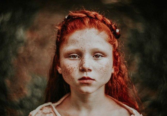 Fotógrafo usa lente inspirada em 1840 pra transformar retratos de crianças em autênticas pinturas