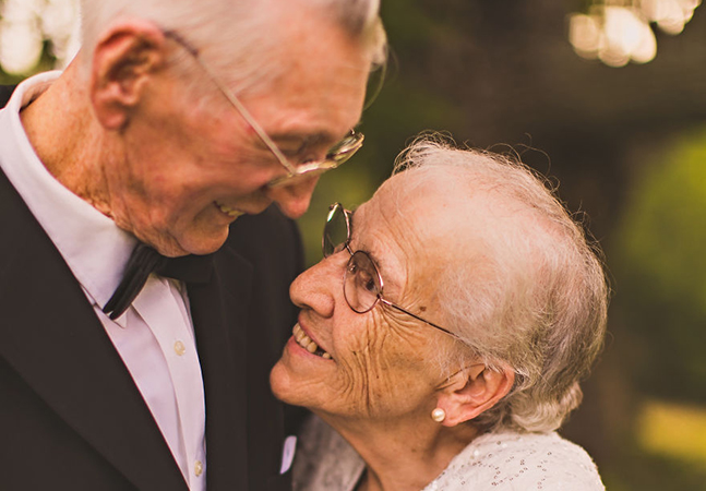 65 anos de casamento retratados em um ensaio emocionante