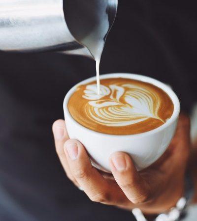 Pesquisas indicam que beber café pode reduzir risco de morte prematura