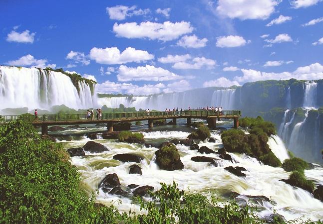 Agência de turismo de Foz do Iguaçu responde 'acusações' argentinas com elegância e bom humor