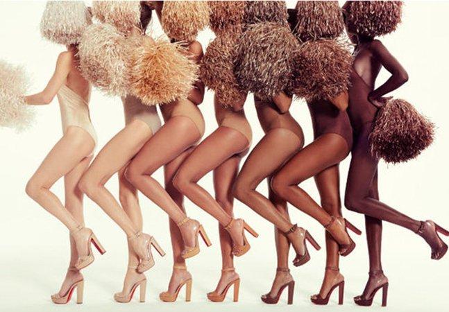 A nova coleção de saltos altos de Louboutin é uma ode à inclusão porque 'nude não é cor, é conceito'
