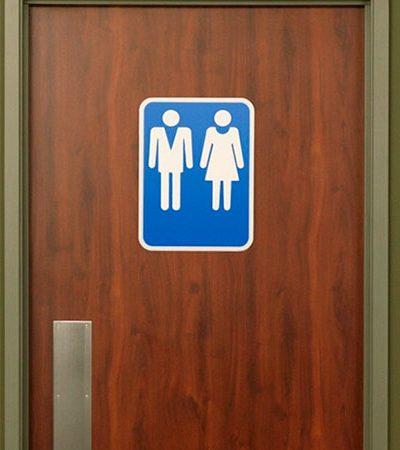 PUC-SP cria banheiro unissex e lança debate sobre diversidade de gênero na internet