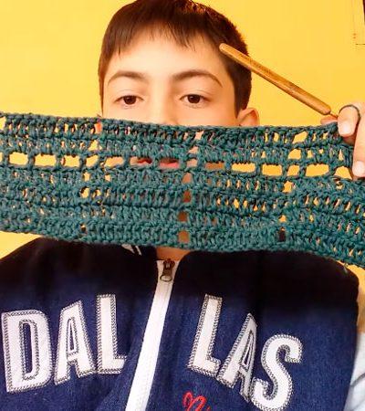 Garotinho que faz sucesso ensinando crochê na internet tem perfil deletado no Facebook