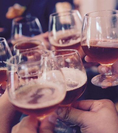 Estudo conclui que álcool ajuda a lembrar de conteúdos recém-estudados