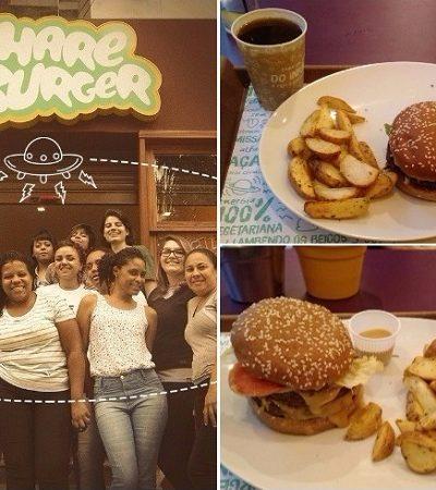 Bom humor e sabor são aposta do Hareburger, o 'primeiro fast-food vegano do mundo' e que acaba de chegar a São Paulo