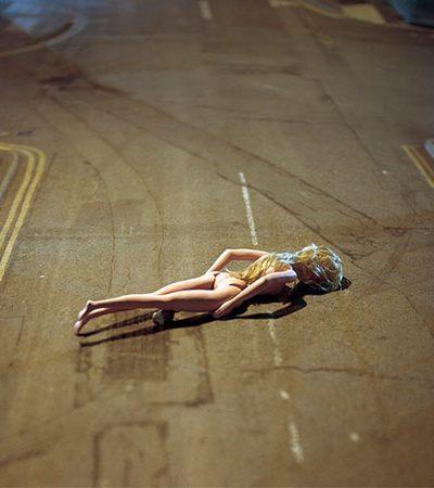 Artista cria esculturas gigantes para desafiar nossa percepção de real e imaginário