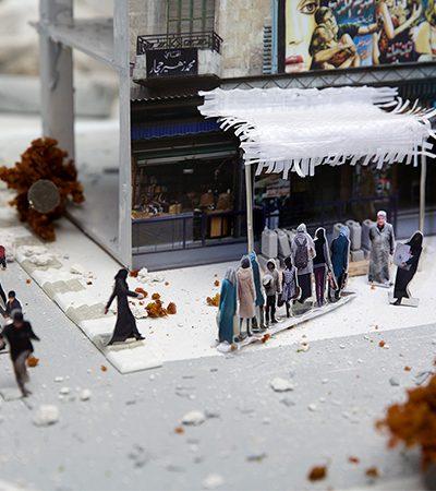 Artista recria o resultado da guerra na Síria em miniatura e espalha maquete pelas ruas
