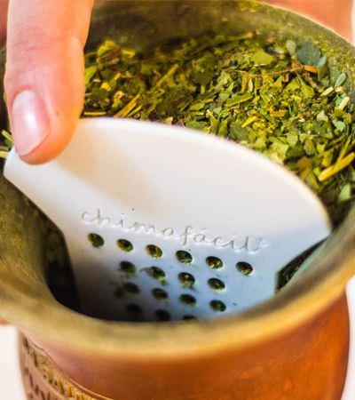Empresa gaúcha renova tradição permitindo que qualquer um prepare o chimarrão perfeito