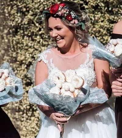 Noiva decide trocar flores por algo bem mais divertido: buquês de donuts