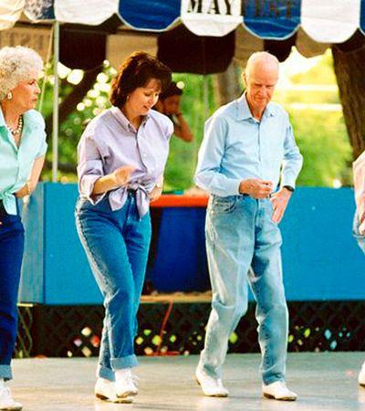 Estudo conclui que dançar é a maneira mais efetiva de prevenir o Alzheimer