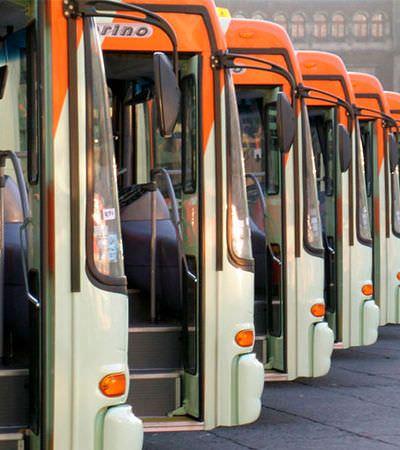 Governador do DF sanciona lei que torna todos os assentos de ônibus e metrô preferenciais