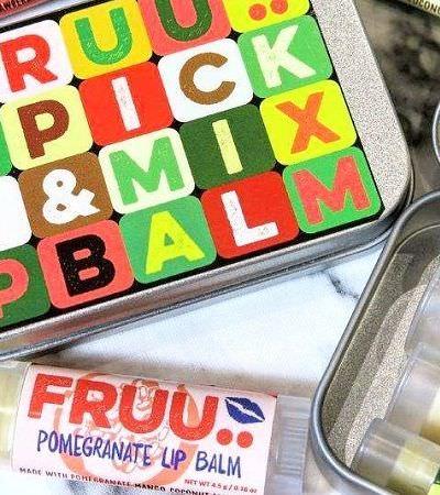 Os maravilhosos bálsamos labiais feitos de frutas recicladas que iriam para o lixo