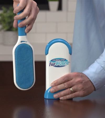 Finalmente inventaram um removedor de pelos de pet que funciona