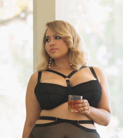 Esta designer criou uma linha maravilhosa de lingeries para mulheres gordas