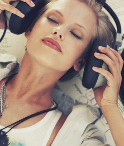 Pessoas que sentem arrepios ouvindo música podem ter cérebros especiais