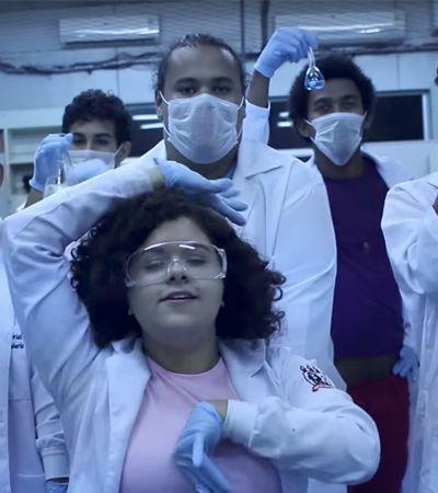 Esta cientista brasileira criou um videoclipe para explicar sua pesquisa