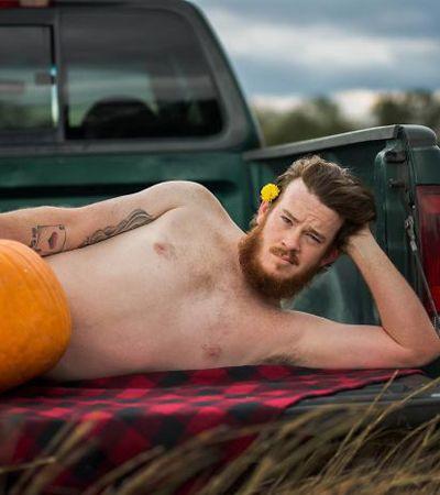 Fotógrafa cria ensaio sensual incrível com seu 'mozão' e abóboras