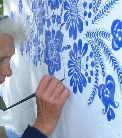 Esta senhora de 90 anos está usando a arte para transformar sua cidade