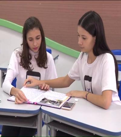 Contra assédio, estudantes de Curitiba de 14 e 13 anos criam app com botão secreto