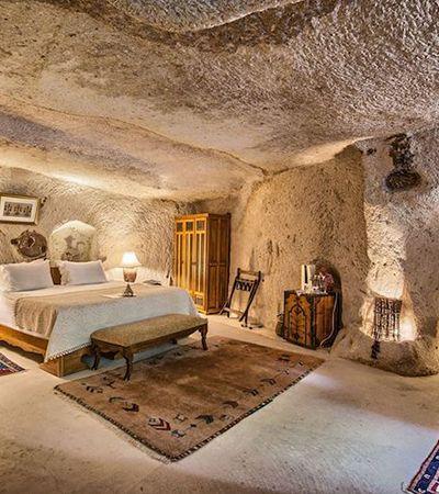 Hotéis dentro de cavernas na Capadócia criam experiência totalmente nova