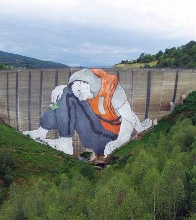 Grafite de 47 metros de altura dá 'boas-vindas' a refugiados na França
