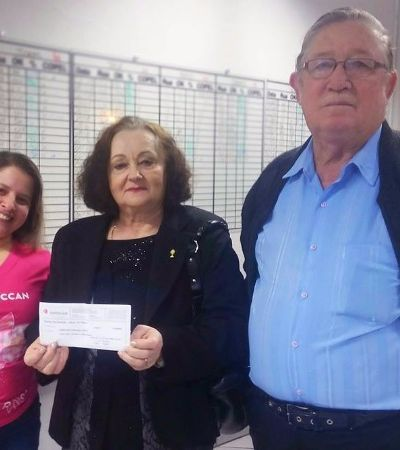 Casal pede doações para hospital no lugar de presentes em bodas de ouro