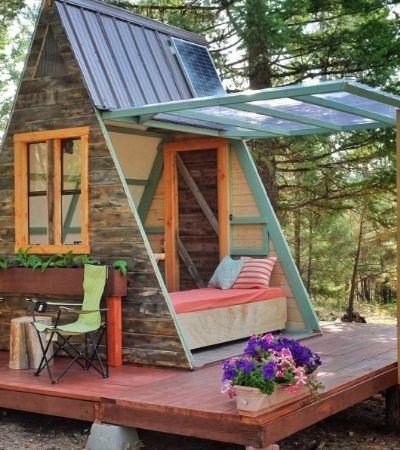 Esta mini cabana foi construída em 3 semanas com apenas com apenas R$ 2.300