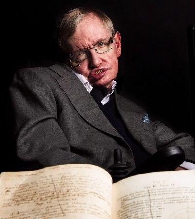 Tese de PhD de Stephen Hawking sobre expansão do universo é liberada online