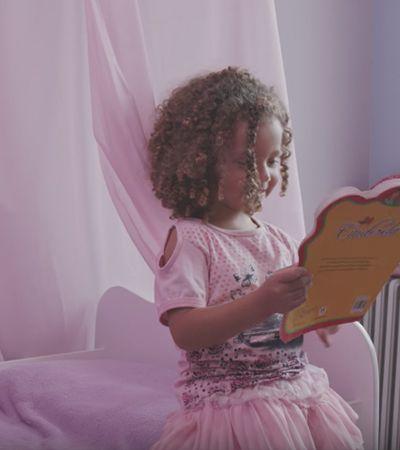 'Princesa', 'delicada', 'linda'… Avon propõe que você pense em como elogia meninas